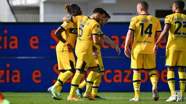 Spezia-Parma 2-2, highlights