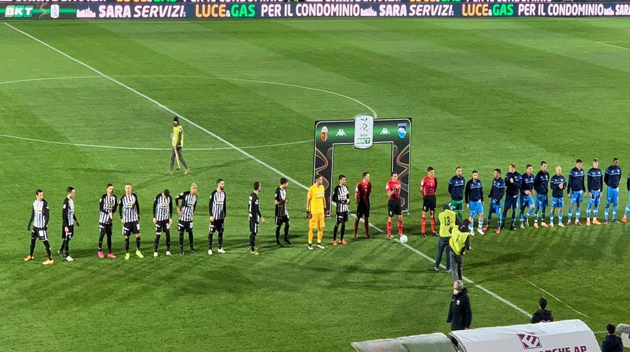 Ascoli-Pescara 0-2, continua il silenzio stampa dei bianconeri. Alle porte la gara di Pisa