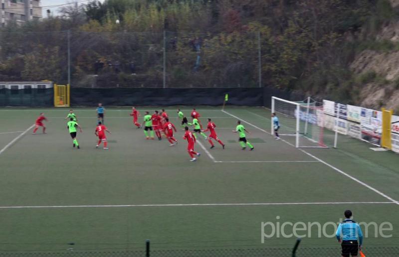 Monticelli-Porto d'Ascoli 0-0
