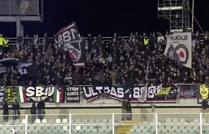 Tifosi Ascoli a Pescara (1/03/2020)
