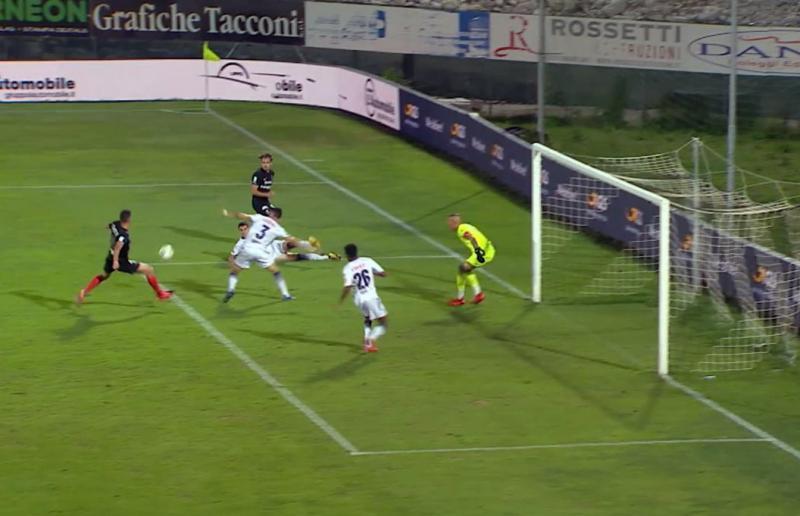 Gol Trotta su assist di Costa Pinto