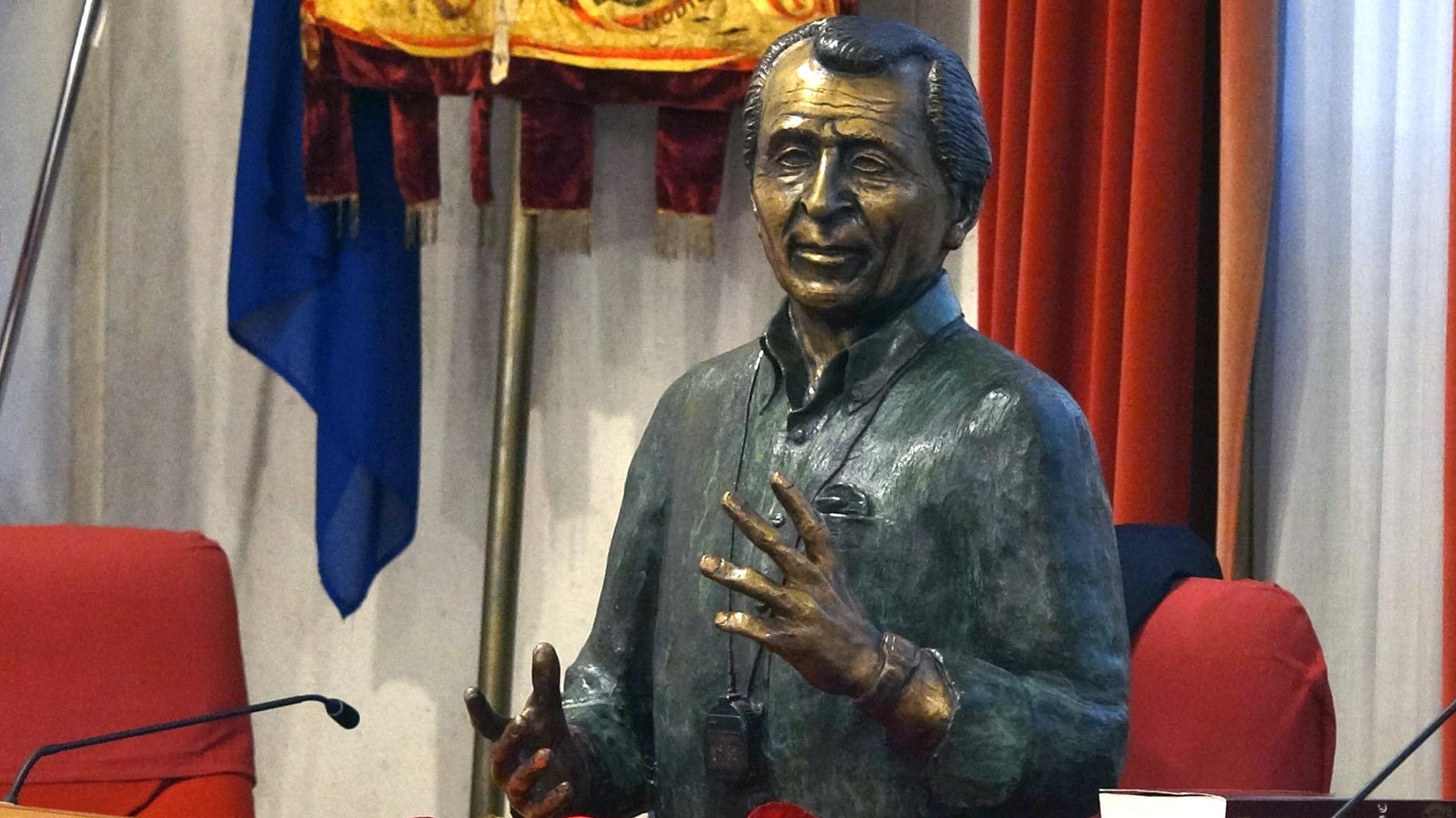 Busto Carlo Vittori