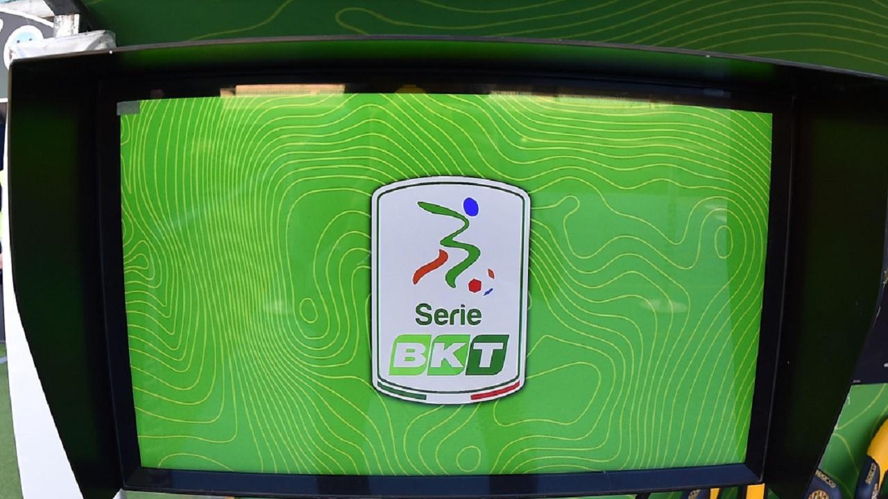 Serie B, continua sperimentazione Var nei recuperi Pordenone-Pisa ed Empoli-Chievo