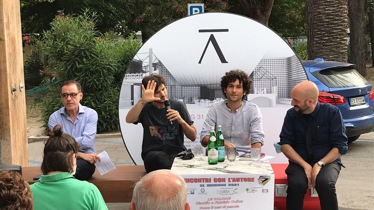 San Benedetto, tante risate e comicità ad Harena d'Autore con il simpatico duo Le Coliche
