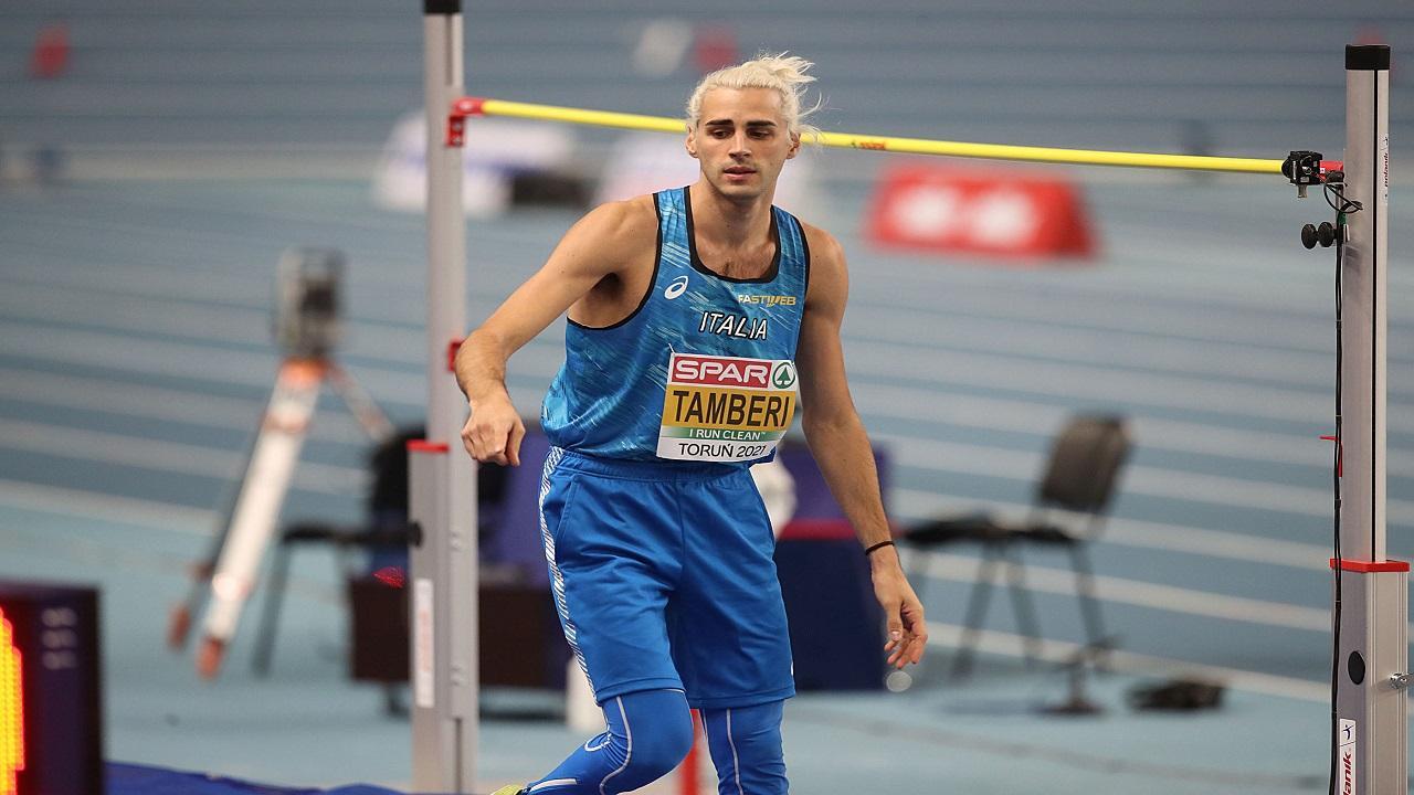 Atletica, Tamberi (biondo platino) comodamente in finale nell'alto agli Europei indoor a Torun