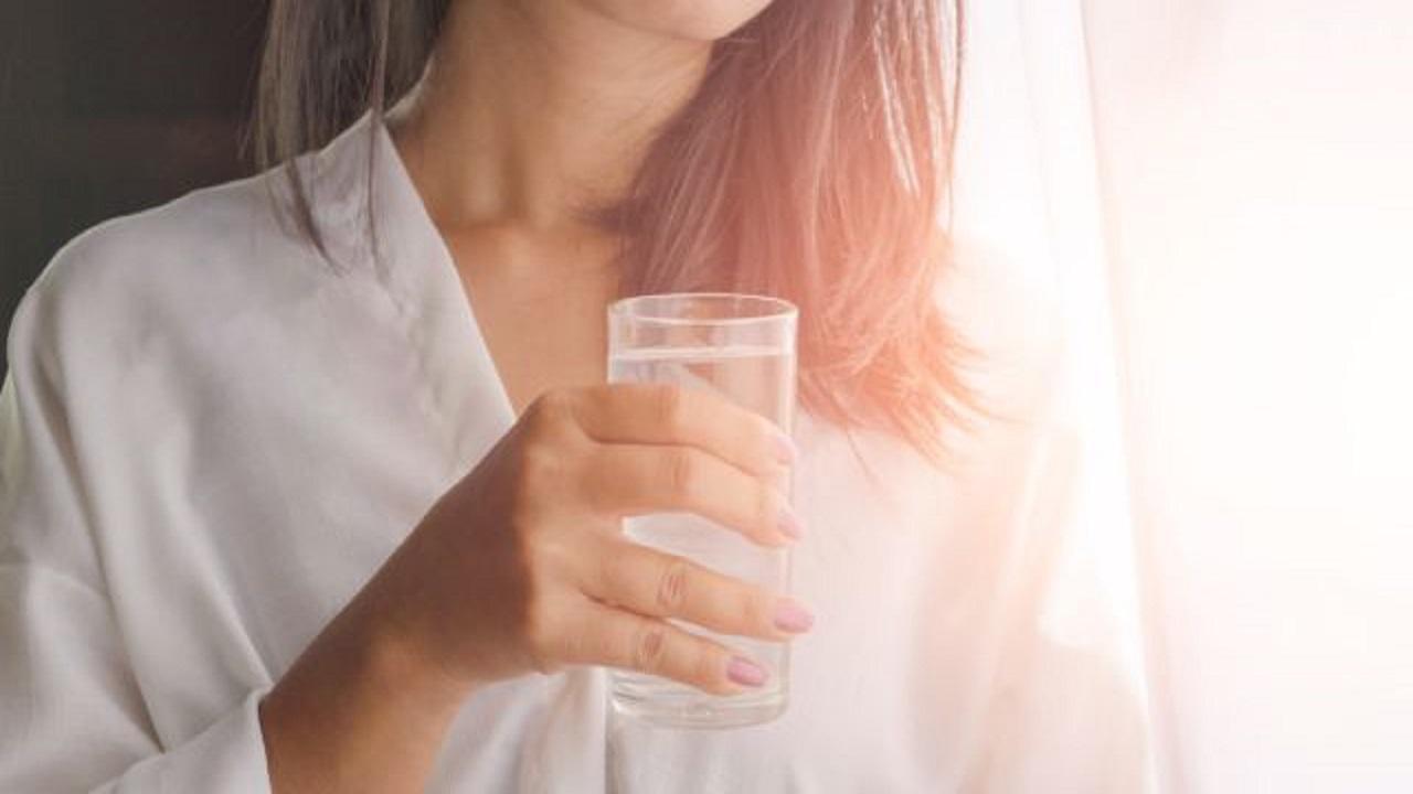 Gravidanza e idratazione: l'acqua come alleata fondamentale delle future mamme