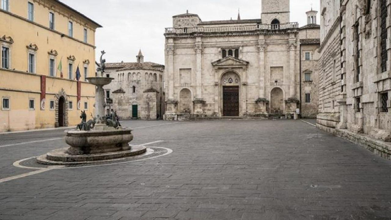 Ascoli Piceno, erogazione di buoni spesa in favore dei cittadini per emergenza Covid
