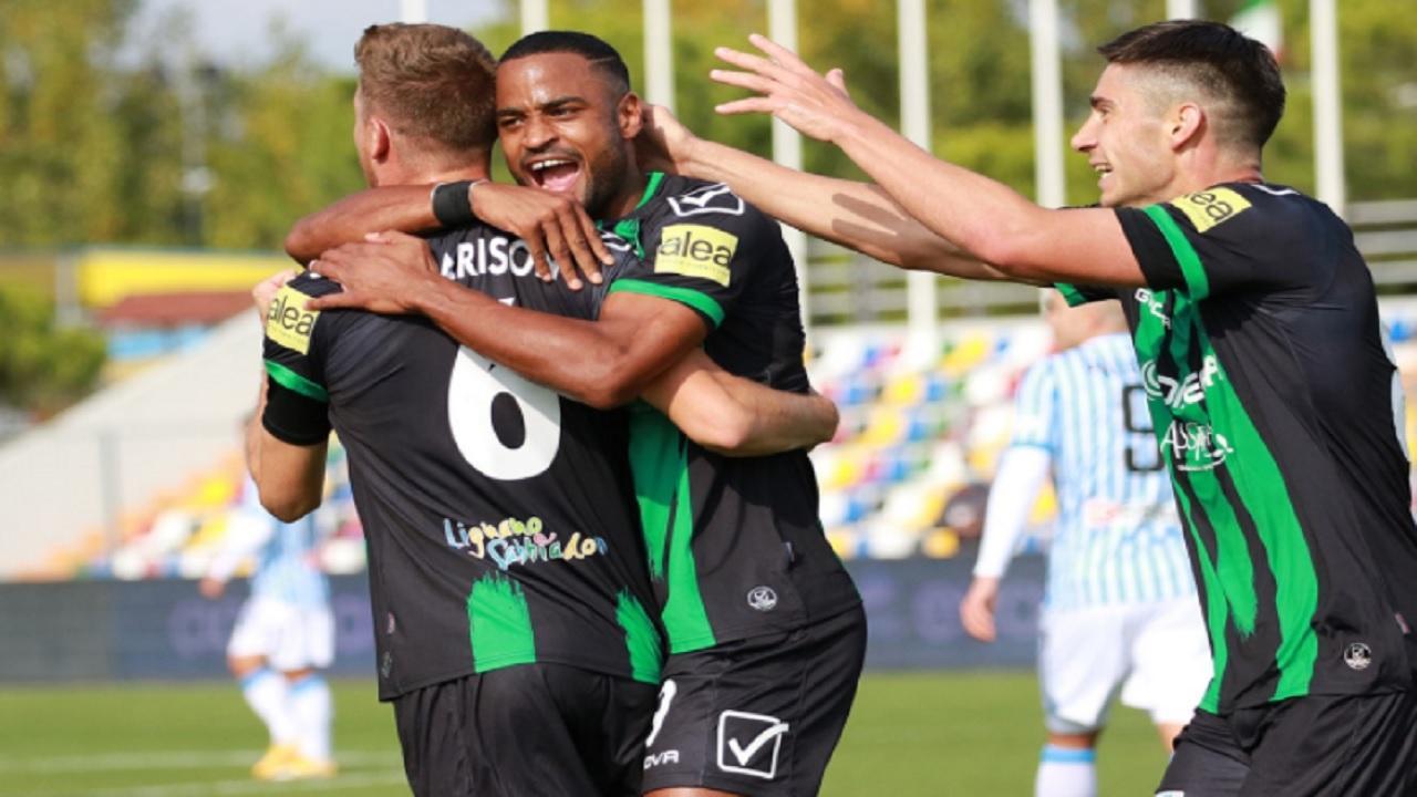 Pordenone, Tesser convoca 23 calciatori per la gara di Ascoli. Due gli assenti