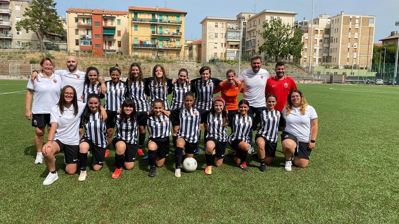 Ascoli Calcio, l'Under 17 femminile vince 6-3 in amichevole sul campo dell'Ancona