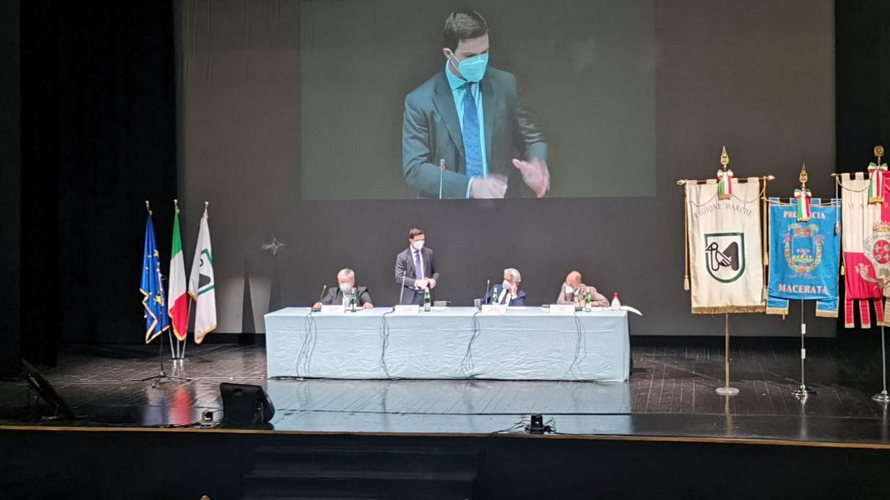 Regione Marche: Contratto istituzionale di sviluppo, Acquaroli e Castelli coinvolgono sindaci del cratere