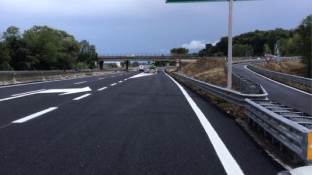 Anas, proseguono lavori pavimentazione su Ascoli-Mare. Chiuso svincolo di Spinetoli
