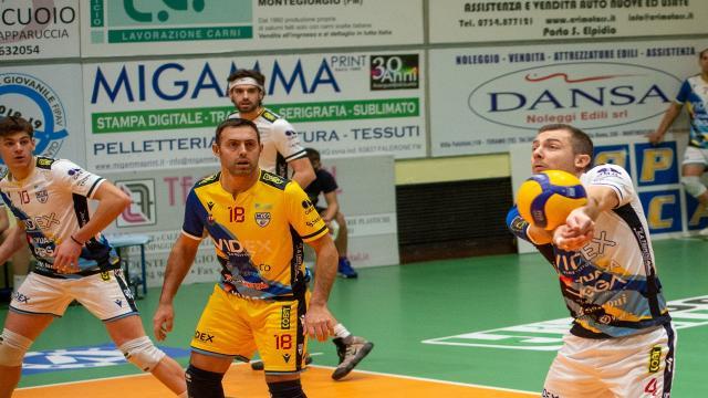 Pallavolo Serie A3, Videx Grottazzolina beffata al tie-break da Aversa tra le mura amiche