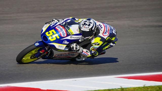 Moto3, Fenati frenato dal traffico nelle qualifiche a Portimao: ''Cercheremo di fare una buona gara''