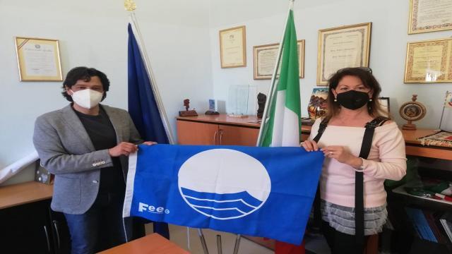 Grottammare, un'altra estate con la Bandiera Blu FEE