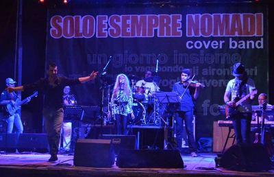 Ascoli, i «Solo e Sempre Nomadi» festeggiano il decennale in piazza
