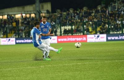 Pro Vercelli-Novara 0-1, una punizione di Viola fa sorridere Baroni