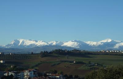 Terremoto, a rischio 220mila presenze turistiche sui Monti Sibillini