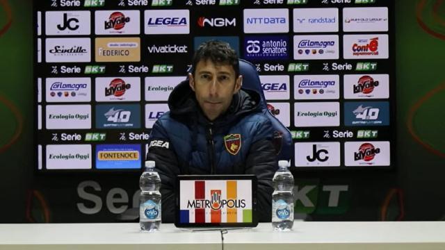 """Cosenza-Reggina 2-2, la voce di Occhiuzzi: """"Dobbiamo prendere lo schiaffo prima di reagire"""""""