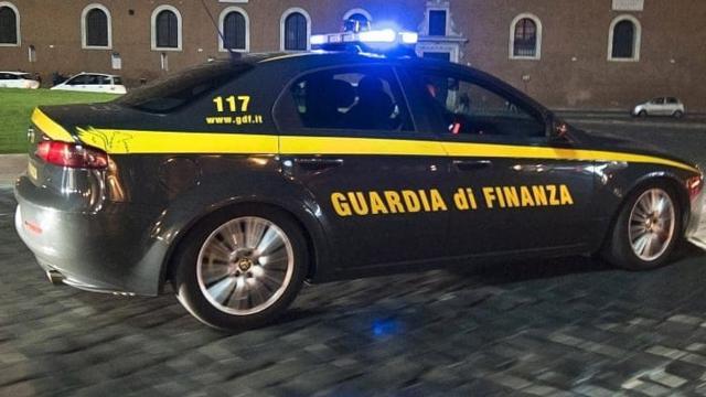 Guardia Finanza Fermo: sequestrati immobili, conti e quote societarie per oltre 700 mila euro a due evasori totali