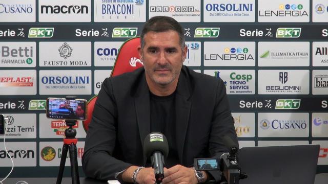 """Ternana-Vicenza 5-0, le voci di Lucarelli (""""Bisogna mantenere questa fame"""") e Brocchi (""""E' un problema mentale"""")"""