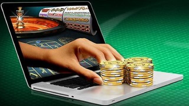 Gioco d'azzardo sul web, importanti le guide dei migliori casinò online