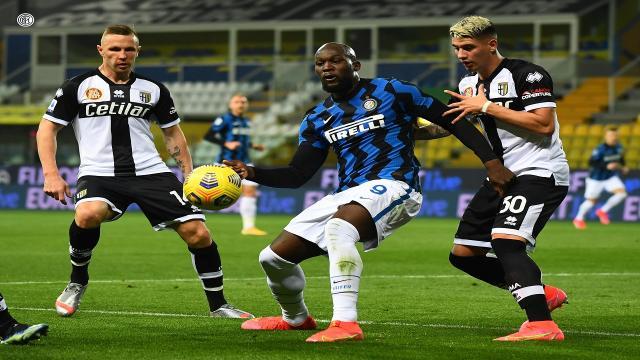 Parma-Inter 1-2, highlights