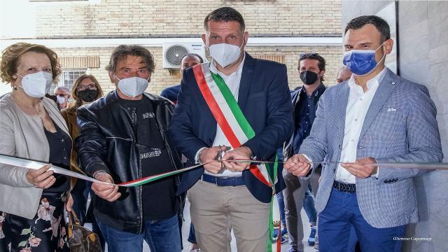 Avis Monteprandone, inaugurata a Centobuchi la mostra fotografica ''Il Dono''