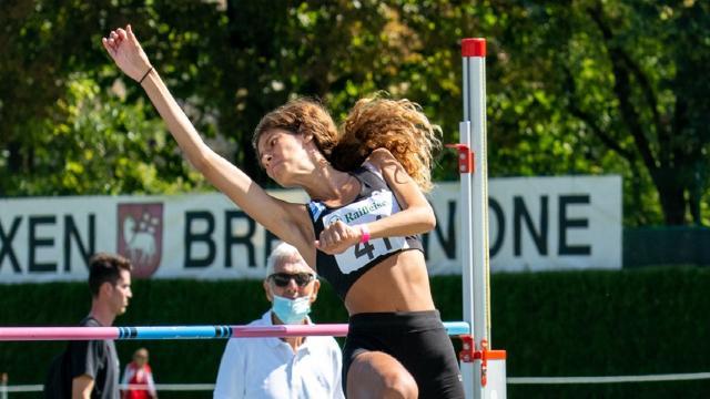 Asa Ascoli Piceno, primato regionale Under 18 nel salto in alto per l'allieva Giannelli