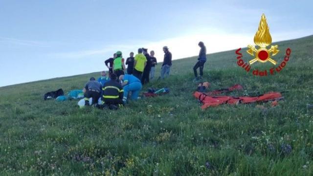 Ascoli Piceno: tragedia a Castelluccio, 60enne precipita e muore col deltaplano