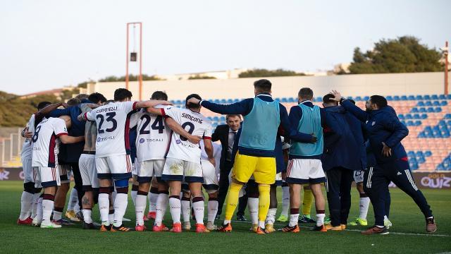 Crotone-Cagliari 0-2, highlights