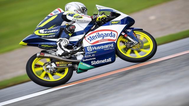 Moto3, Fenati parte nelle retrovie a Valencia: ''Non sono contento delle qualifiche''