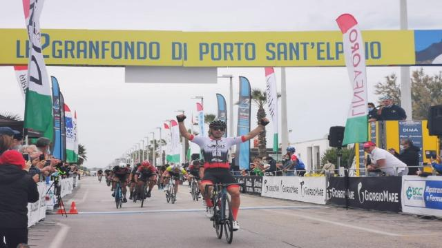 Chiappucci e Granfondo Porto Sant'Elpidio, un tandem di successo! Trionfi di Fedele e Vagheggi