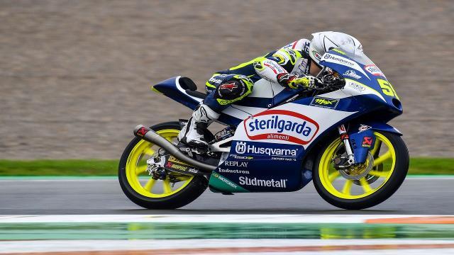 """Moto3, Fenati in forma nelle prime libere a Valencia: """"Prove molto difficili per il meteo"""""""