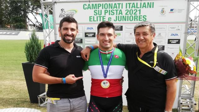 Ciclismo su pista, l'ascolano Francesco Ceci chiude la carriera con il 33° titolo tricolore
