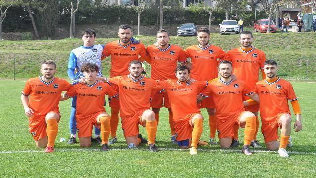 Atletico Ascoli, pari a reti bianche con l'Atletico Azzurra Colli. Camaioni para un rigore a Filiaggi