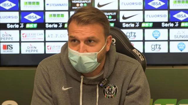 """Venezia-Lecce 2-3, le voci di Zanetti (""""Siamo ingenui, pesano due punti persi ad Ascoli"""") e Corini"""