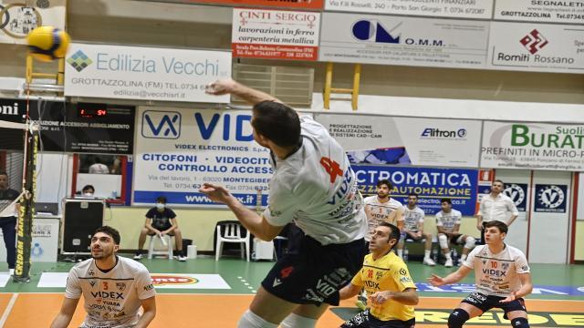 Pallavolo Serie A3, a Galatina arriva il primo ko per la Videx Grottazzolina