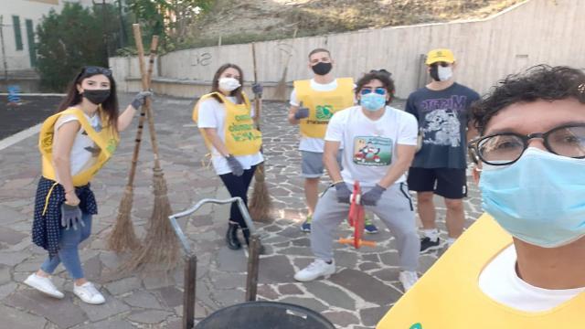 Castorano, Consulta giovanile collabora con Legambiente per pulire aree verdi