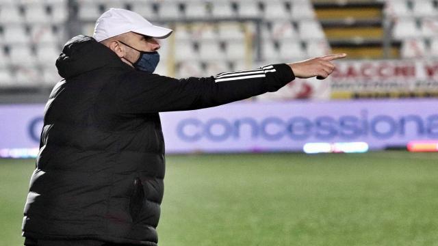 """Entella, un positivo al Coronavirus alla vigilia del match col Venezia. Tedino: """"Lotteremo su ogni pallone"""""""