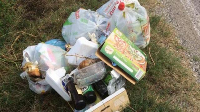 Ascoli Piceno, Comune noleggia telecamera mobile per contrastare fenomeno dell'abbandono dei rifiuti