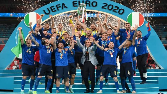 Wembley, l'Italia batte l'Inghilterra ai rigori e torna sul tetto d'Europa per la seconda volta!