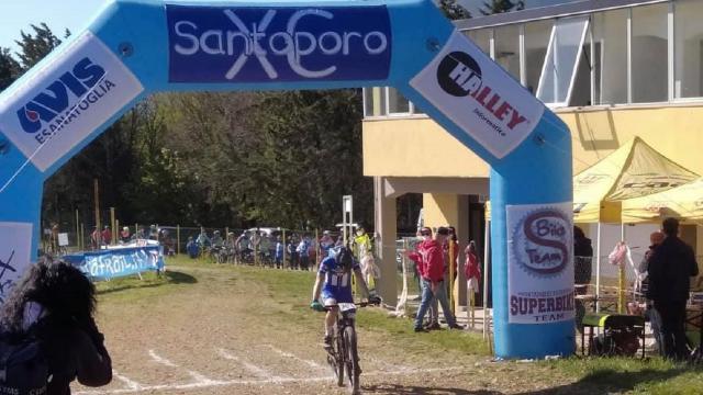 Mountain bike giovanile a Esanatoglia con Santoporo XC, Esordienti e Allievi a Chiaravalle per il Trofeo Liberazione