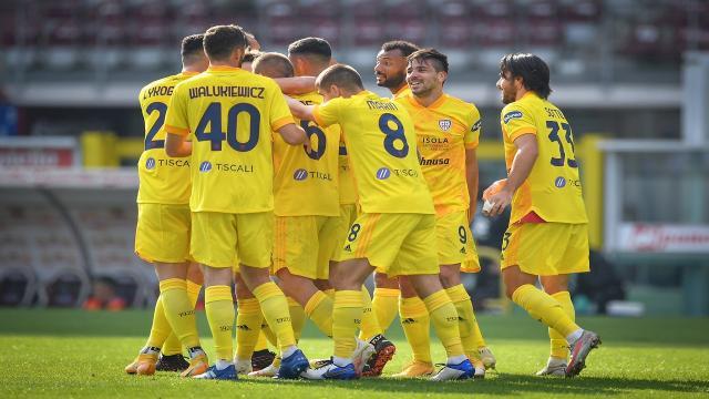 Torino-Cagliari 2-3, highlights