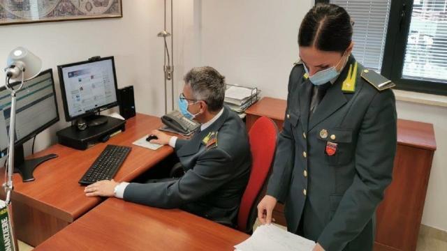 Guardia di Finanza Macerata, controllo antiriciclaggio e sanzioni ad un ''money transfer''