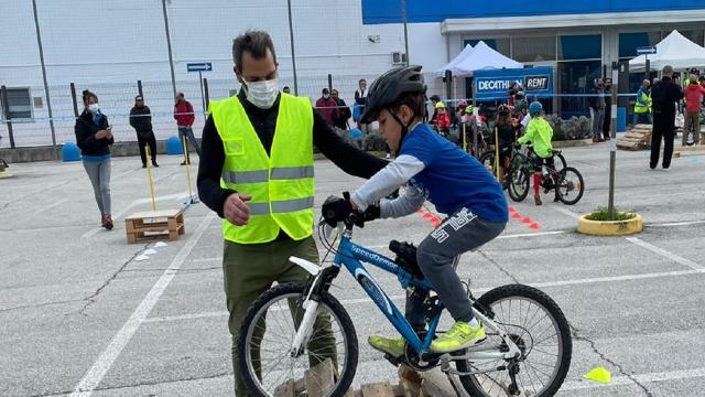 Bicimparo: successo di presenze a Camerano nell'evento organizzato da Recanati Bike Team e Decathlon