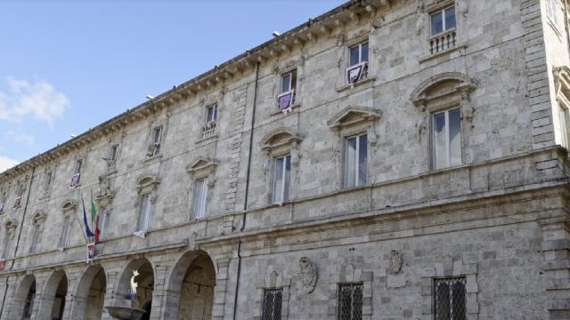 Ascoli Piceno, avviso d'asta pubblica per vendita immobili tra cui il Mattatoio in Via Piceno Aprutina