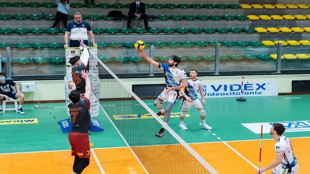 Pallavolo Serie A3: la Videx Grottazzolina supera Roma 3-0. Sesta vittoria consecutiva