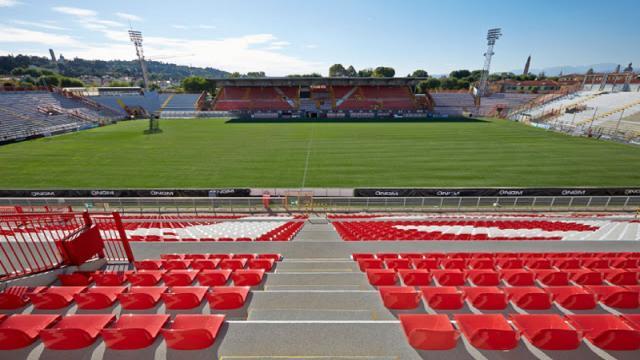 Serie B, troppi positivi nel Vicenza. Rinviata ufficialmente la partita con il Chievo