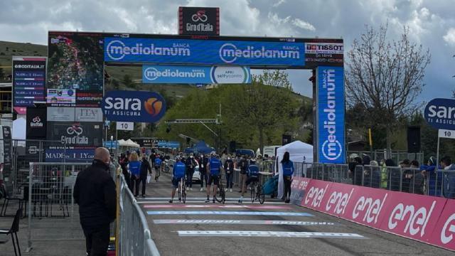 Giro d'Italia: arrivata a San Giacomo la pedalata amatoriale con gli iridati Ballan, Bettini e Fondriest