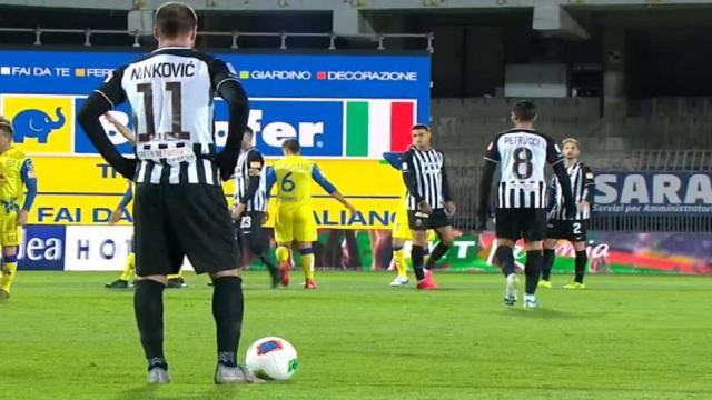 Precedenti Ascoli-Chievo: a segno Ninkovic nel pari dello scorso Marzo (prima gara senza pubblico per Covid)